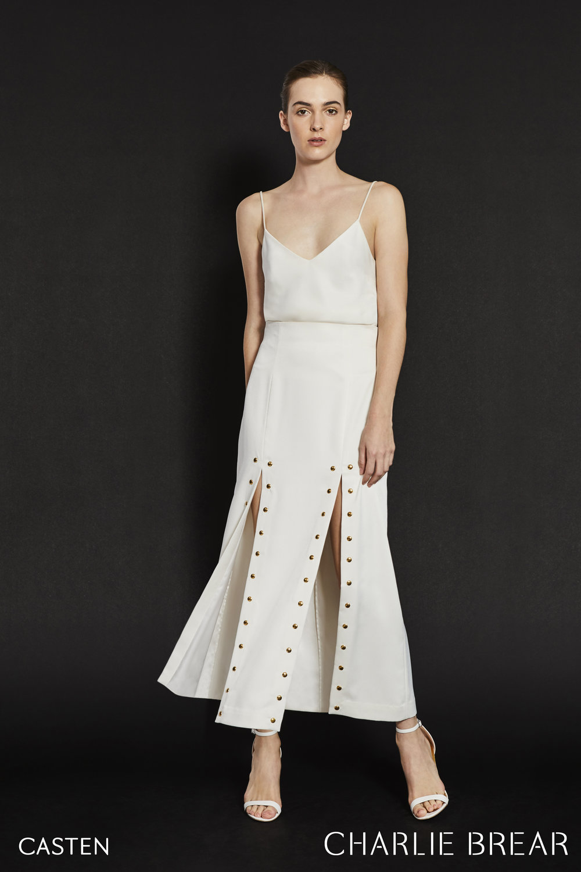2019-charlie-brear-wedding-dress-casten-3000.03.jpg