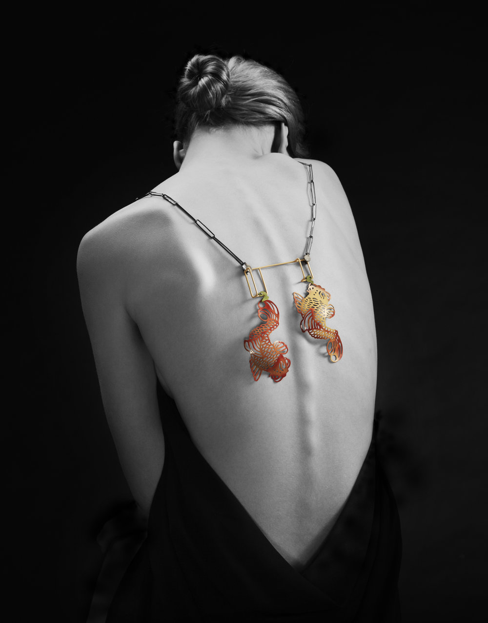 The Koi Remix. 2013  Pendant. Laquered silver, laquered copper and oxidized silver. Photo by Jan Alsaker.