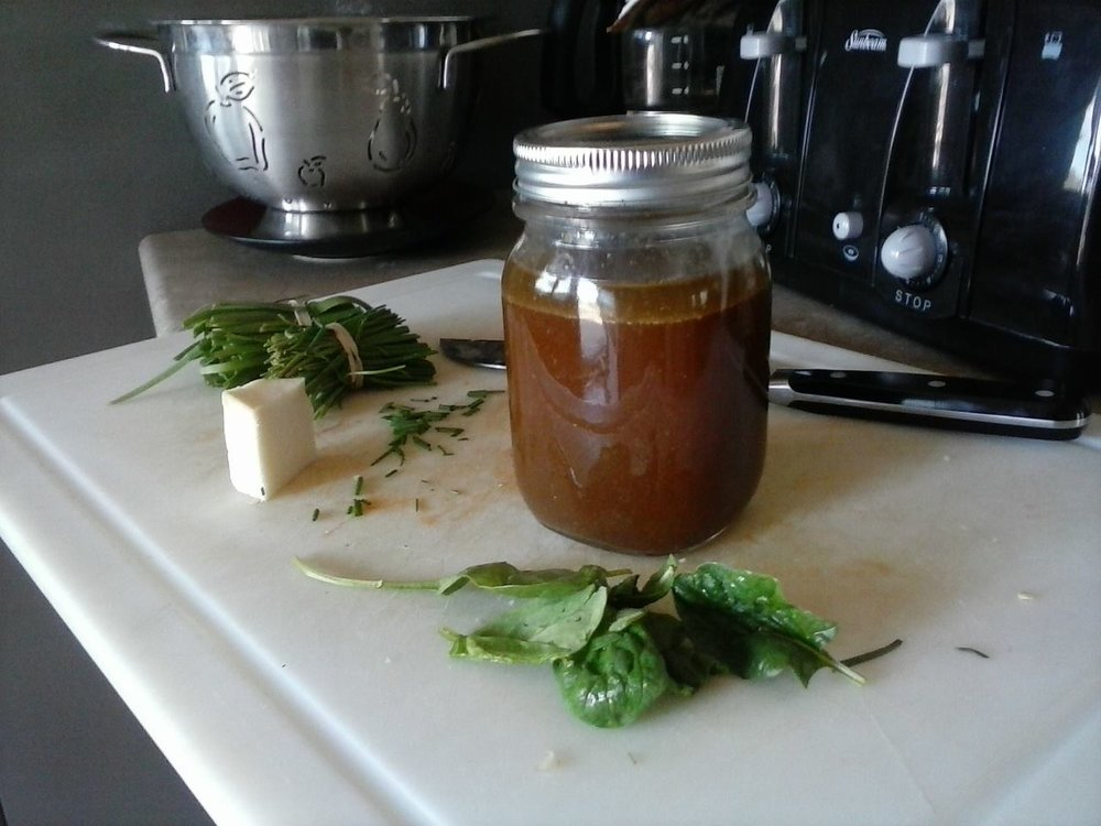 Saddle Ridge bone broth, freshly made
