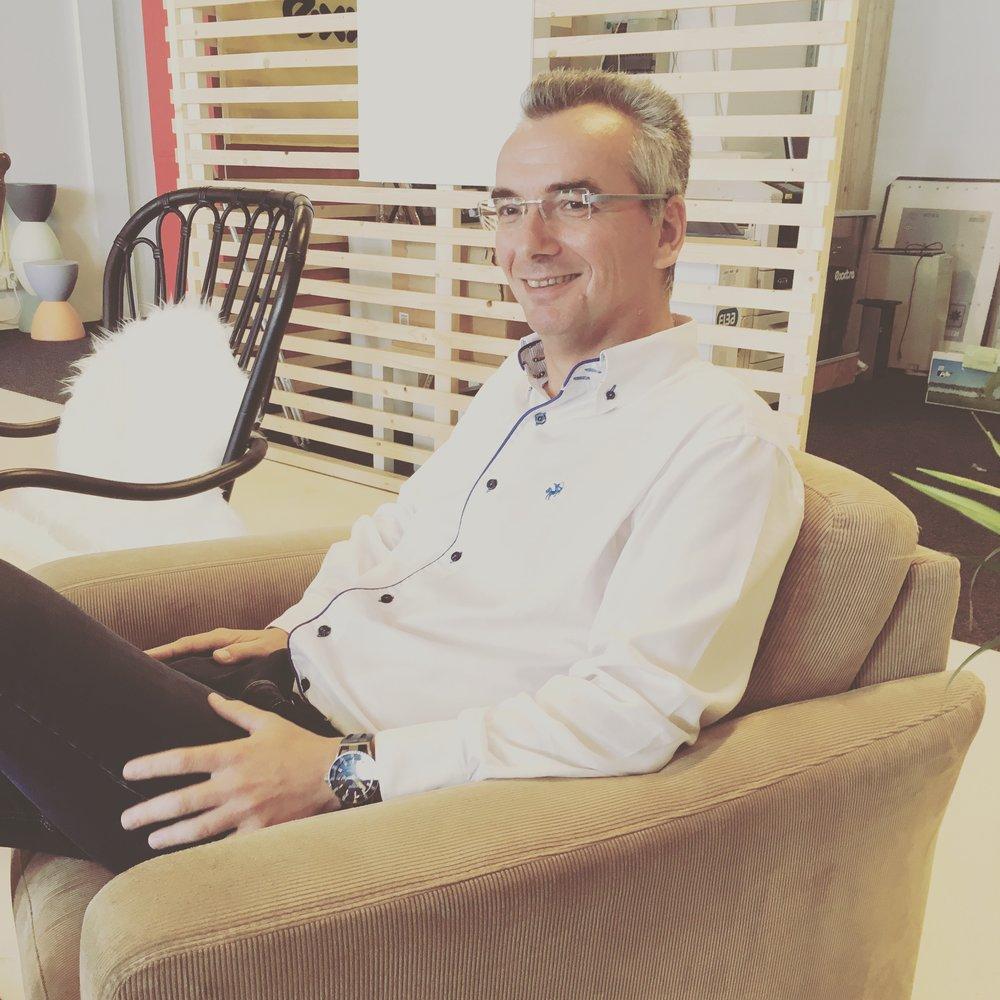 Mike Vaneker - Directeur