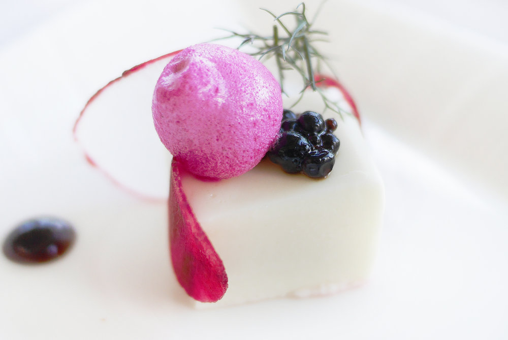 Composition of Beetroots : Goat Cheese Cake, Vanilla – Balsamic Reduction