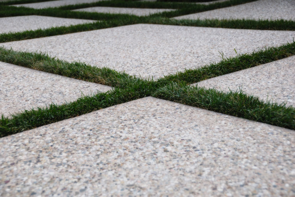 criss cross pattern on driveway installation in Dana Point, CA