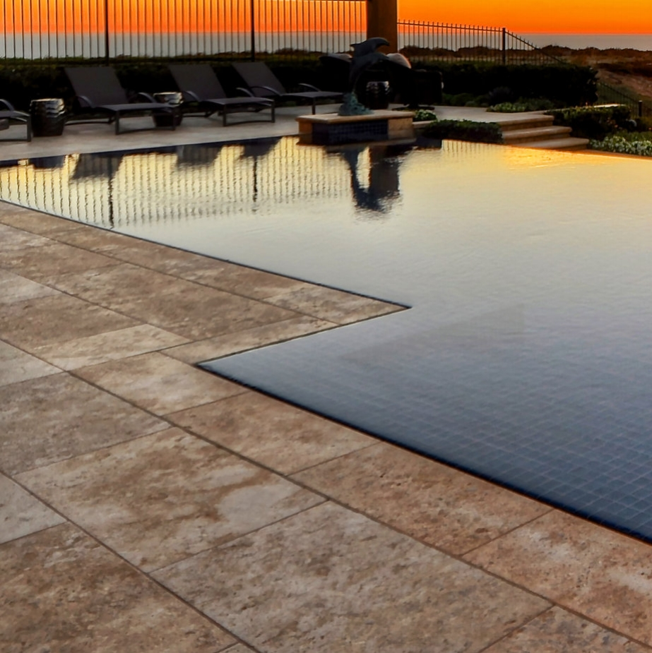 infinity edge swimming pool in California