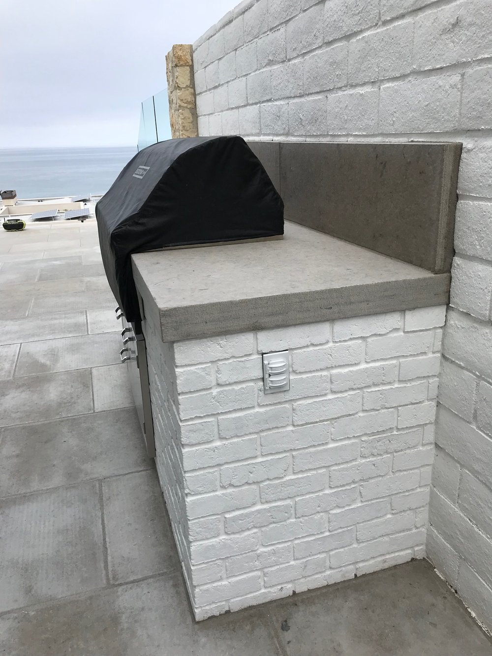 Outdoor kitchen construction in Dana Point, California, United States