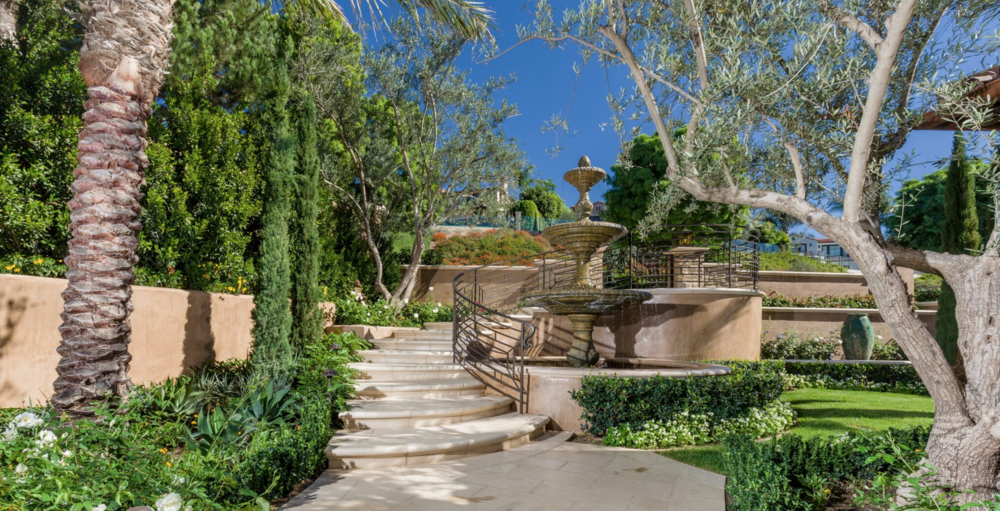 4 Advantages of Using Retaining Walls in San Clemente, CA, Landscape Construction Projects