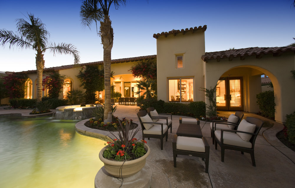 Landscape Construction Ideas for Backyard Entertainment Areas in Newport Beach, CA