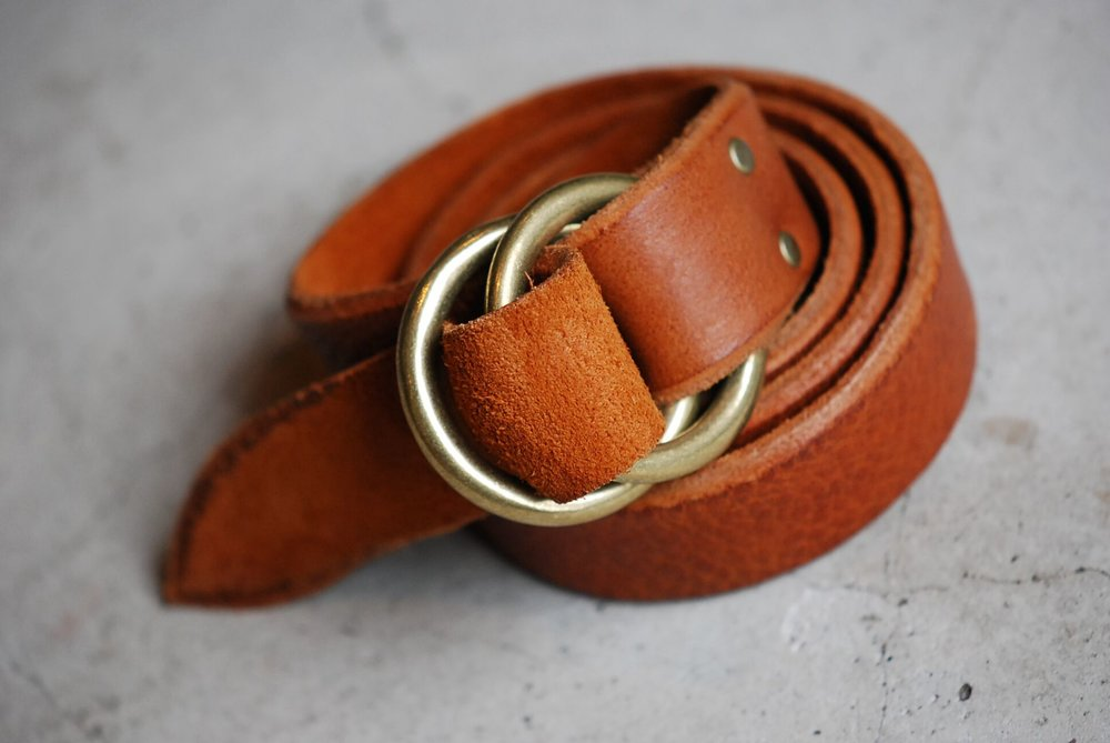 Ground leather belt_brass ring_camel_02_preview.jpg
