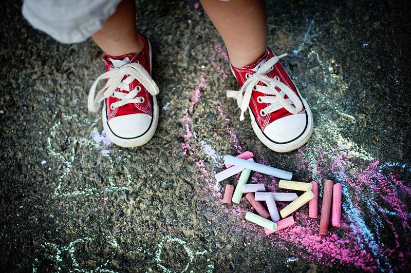sidewalk-chalk-fe13c6af.jpeg