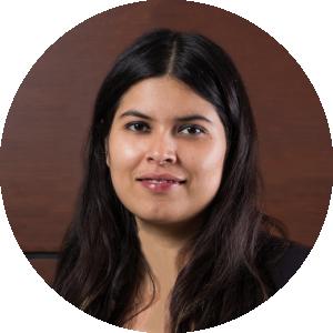 Karen Campos   Directora Asociada