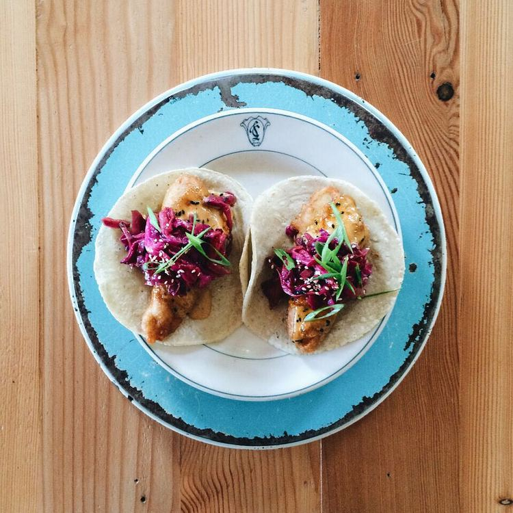 City Guide Wicker Park Chicago Antique Taco Food Allergy Options