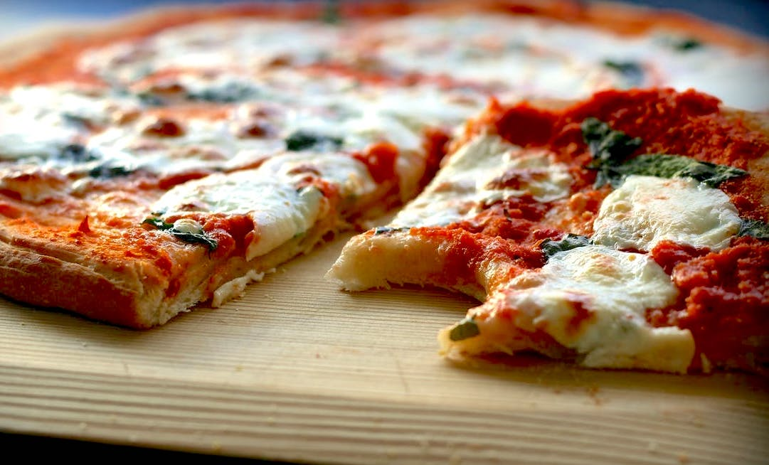 Allergy-Friendly Frozen Pizza — SPOKIN - The Easiest Way to Manage ...