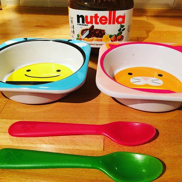 Good morning! #thisishowweoatmeal #nutella #readytoroll