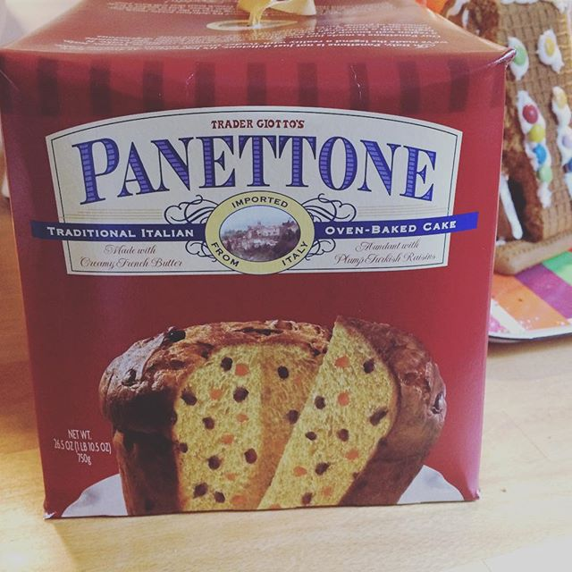 NOW it's Christmas! #panettone #buonnatale ❄️☃️ 🎄