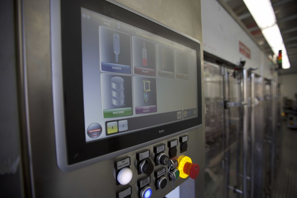 Top It Off Mobile Bottling Line - Control Panel