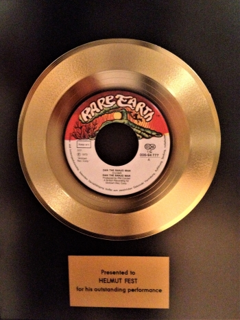 'Banjo Man' goes gold for Helmut Fest