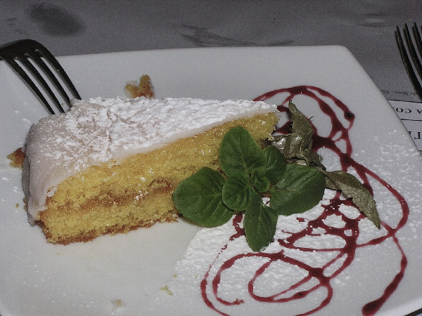 Light Lemon Torte
