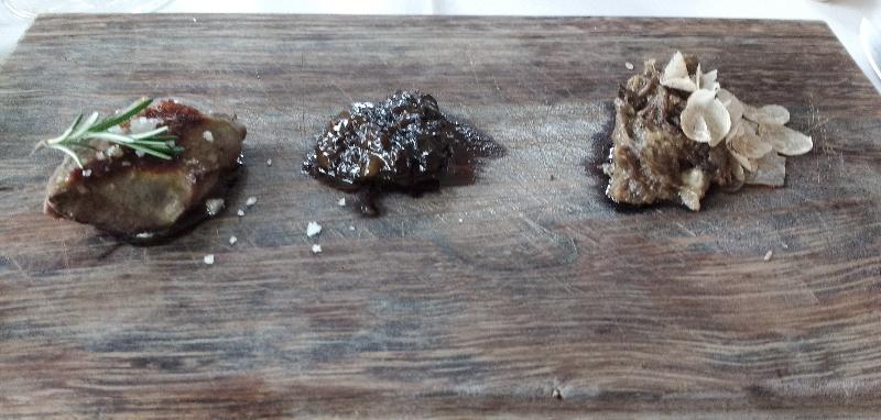 Pechuga de paloma con colmenillas y su rillette