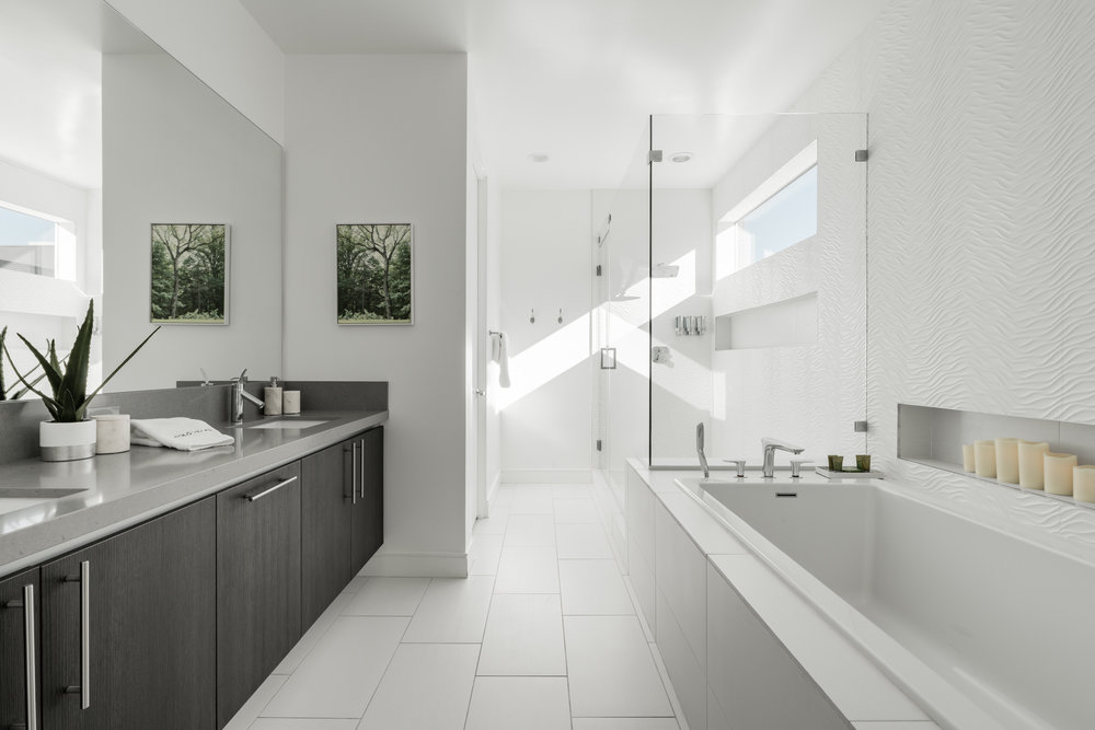 House 6 Bath 5.jpg
