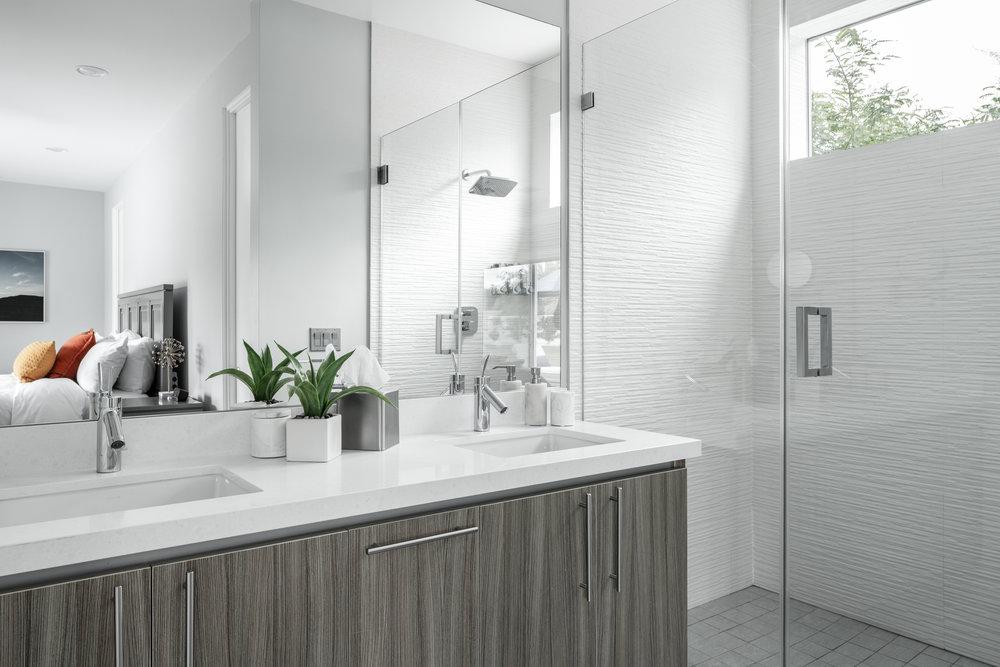 House 2 Bath 4.jpg