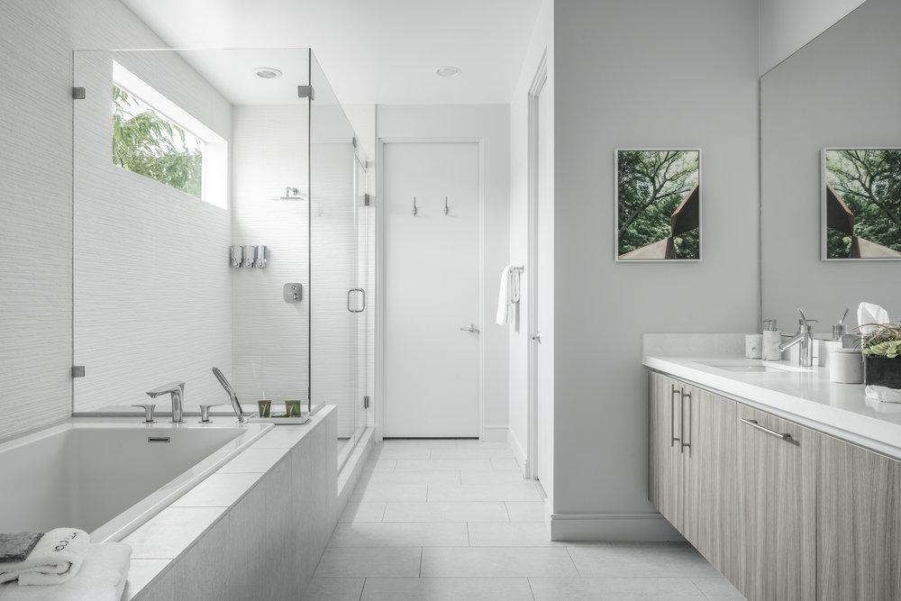 House 2 Bath 5.jpg