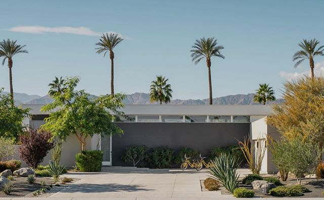 Dreaming of a warm weather getaway? 🌴 Book your Polo Villas stay now at the link in our bio! #polovillas #luxuryvacationrentals #laquinta