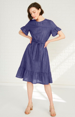 Amour Vert Yolanda Dress  Feminine and timeless!