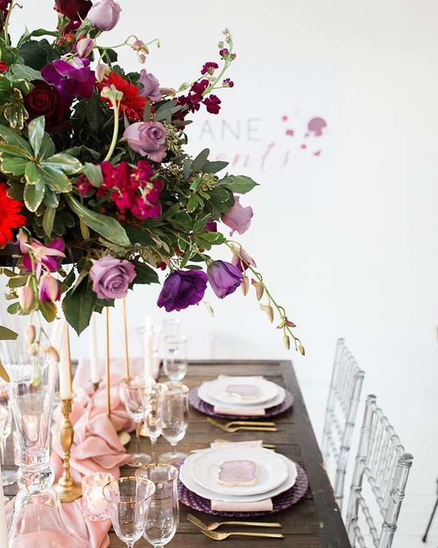 Talk about tablescape #goals. We're swooning over @heatherlaneevents party setup. #MarketStudioMoment