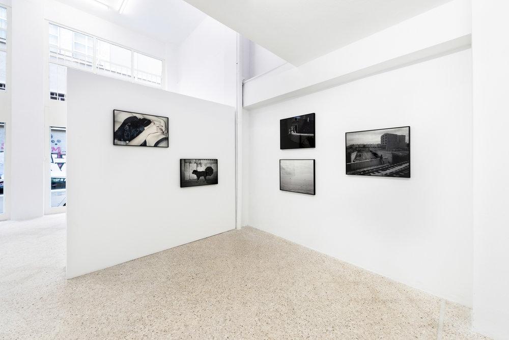 Roundcube architectural photography, maria mavropoulou, Μαρία Μαυροπούλου,   φωτογράφιση εκθέσεων, αρχιτεκτονική φωτογραφία, φωτογράφιση εσωτερικών χώρων, φωτογράφιση έργων τέχνης , photographer, athens , greece,  αθήνα, ελλάδα, Michael Grieve  float gallery