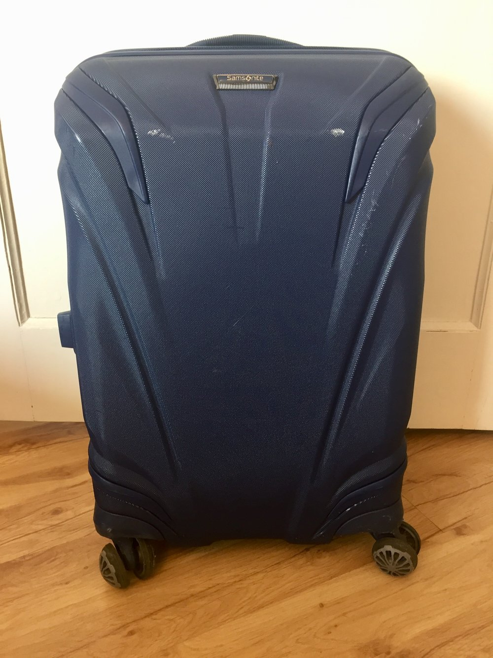 The Samsonite Silouette hard shell roller bag was a great choice for me.