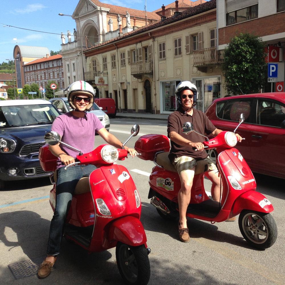 Vespa excursion | Small group tour of Piedmont