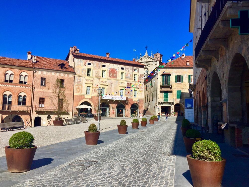The piazza at the top of Modovi in the Piedmont region of Italy