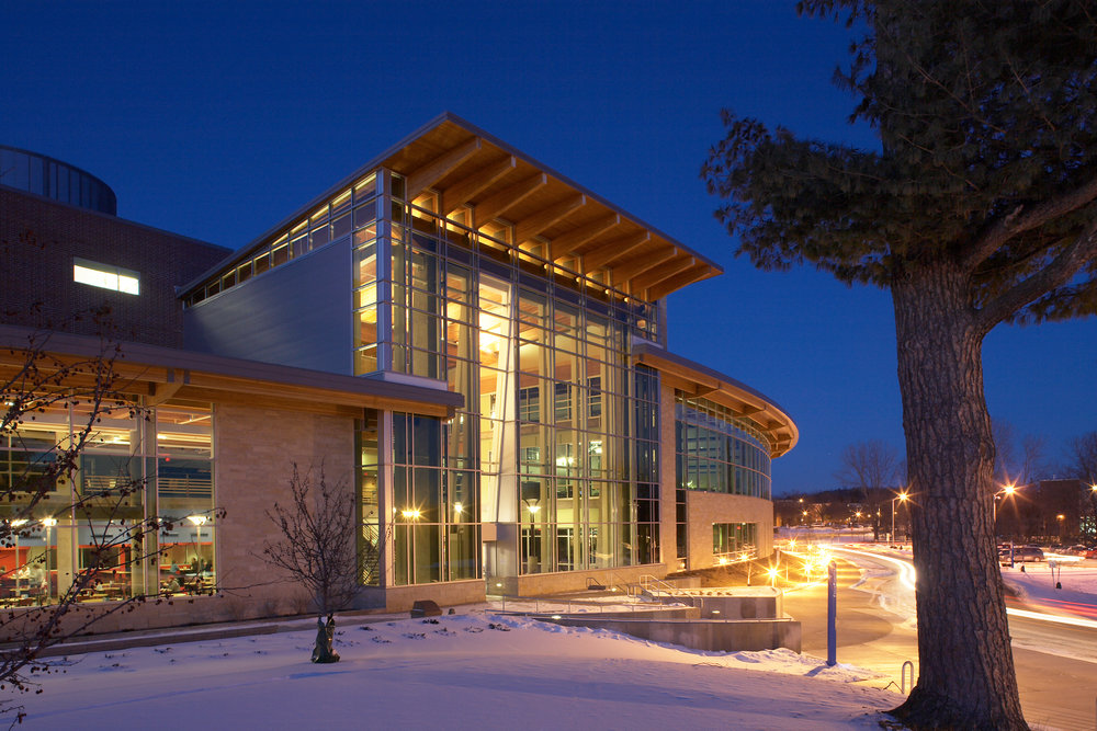 University of Wisconsin – River Falls University Center