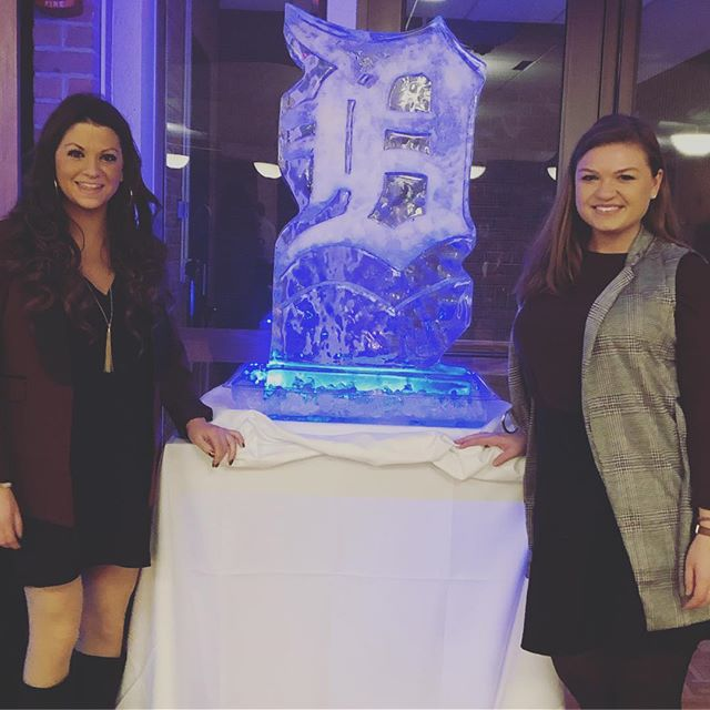 "Elle and Morgan had an amazing time at the OCC Culinary Studies Institute's themed dinner, ""Imported from Detroit."" The five course menu included MoTown favorites from fresh lake perch to bumpy cake, yum! Thanks to @occollege for having Elle and Morgan! #jrturnbullevents #eventplanning #detroitevents"