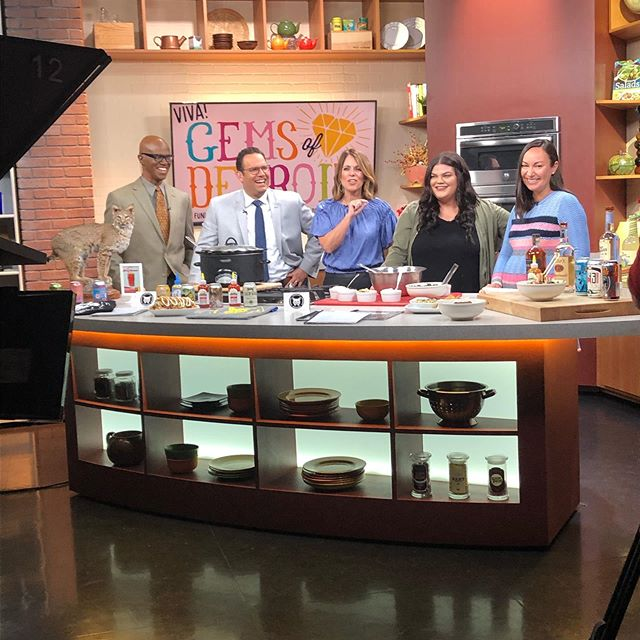 We spent the morning at @fox2detroit with @bobcatbonnies and @detroitcristoreyhighschool as they cooked up an item that will be featured at the school's annual food tasting fundraising event, Gems of Detroit on Friday, May 17! Visit www.detroitcristorey.org for more information and to purchase tickets!