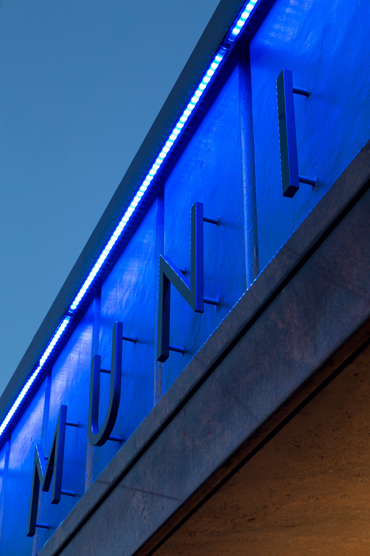 04_OC-Elevator-JoshPartee-4276-LED-signage-dtl.jpg