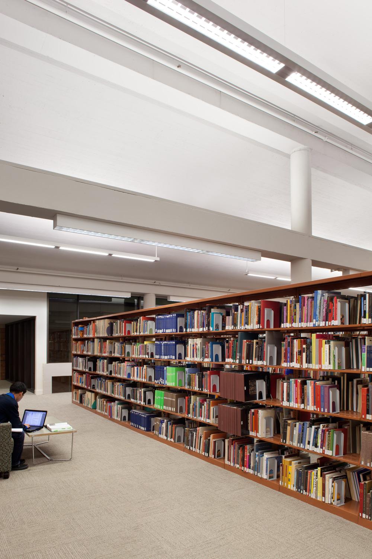 04_Watzek-JoshPartee-1329-stacks-corridor.jpg