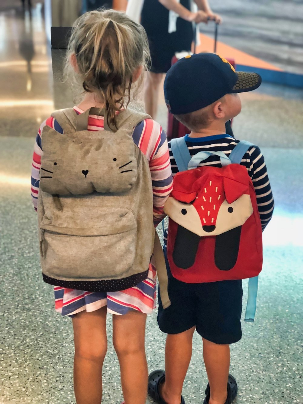 backpacks airport.jpeg