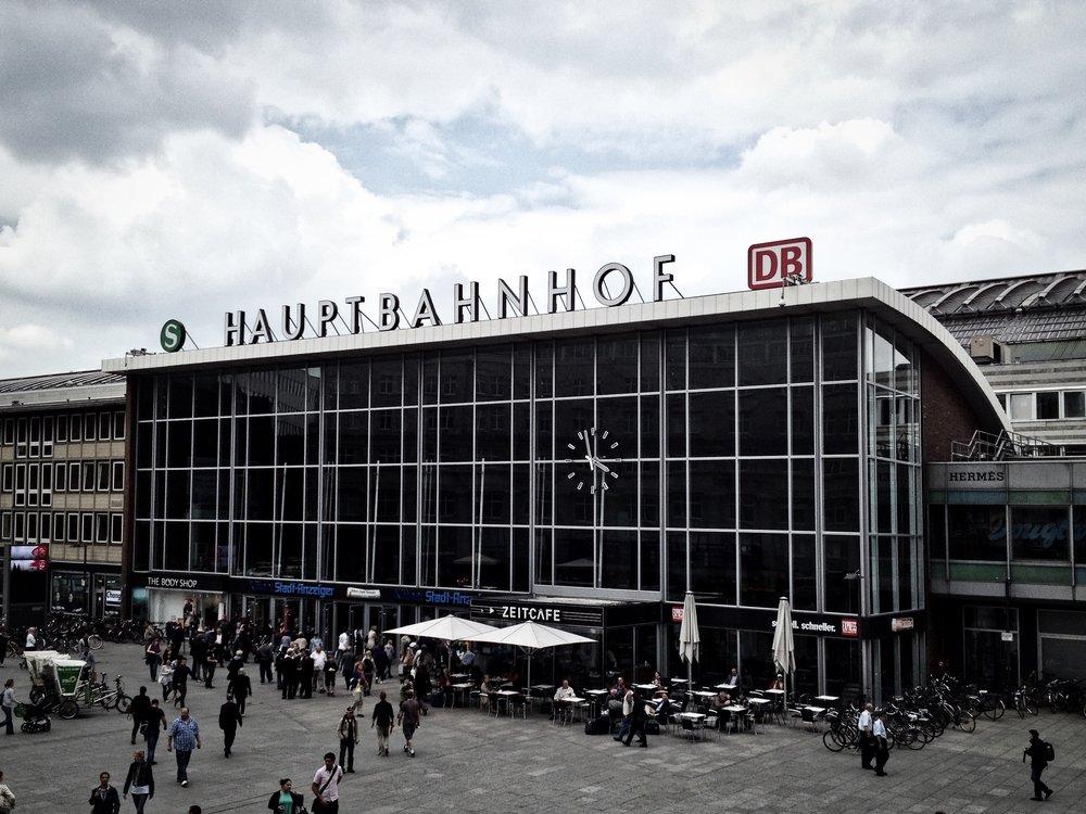 Hauptbahnhof.jpeg