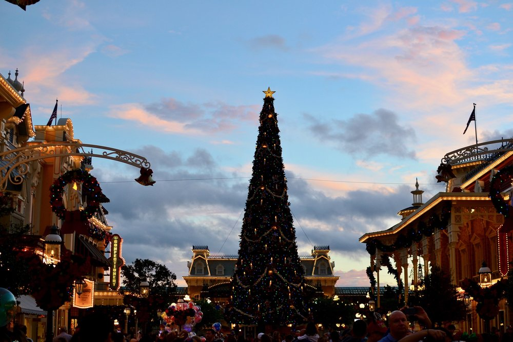 f9f8f0e2c1bae 7 Reasons You ll Love Mickey s Very Merry Christmas Party at Disney ...