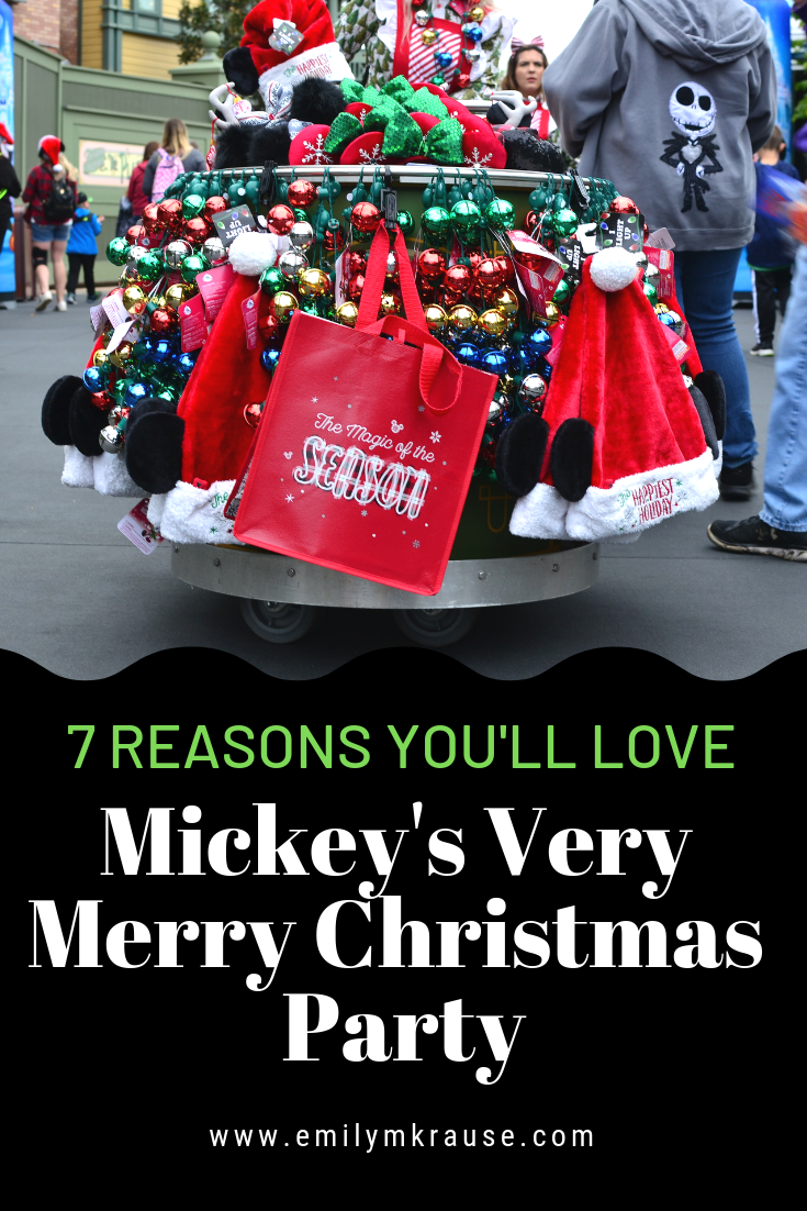 Disney World at Christmas is a magical time. Here are pictures of Mickey's Very Merry Christmas Party 2018, what food to eat, what characters are there, and what to do and see..png