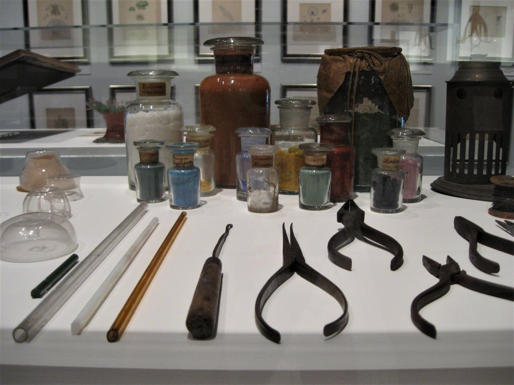 The Corning Museum of Glass and Harvard University now own the contents of the studio.