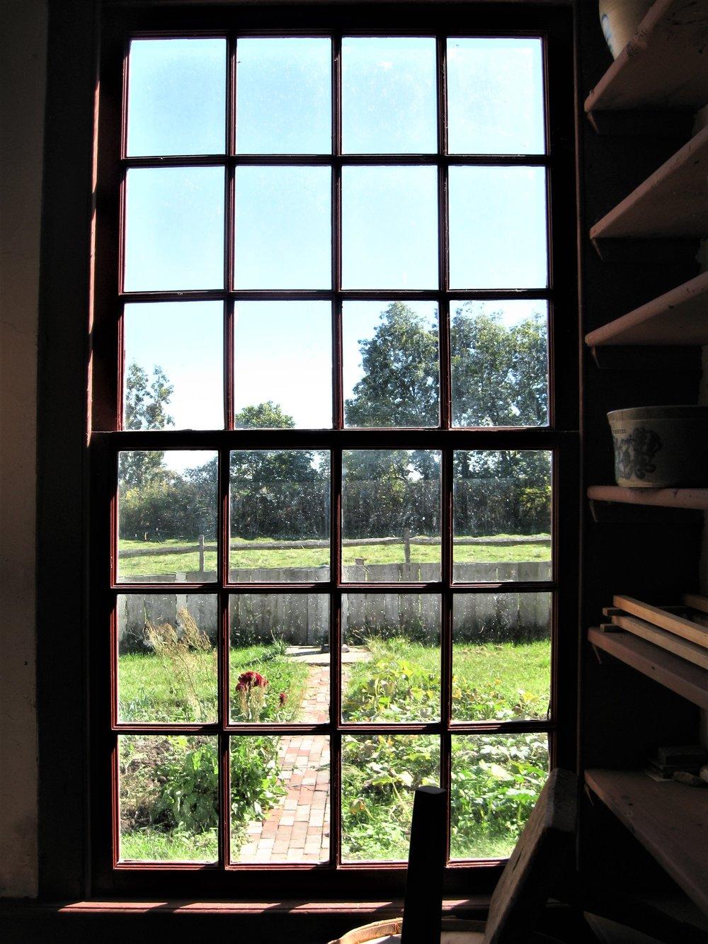 14 window.jpg