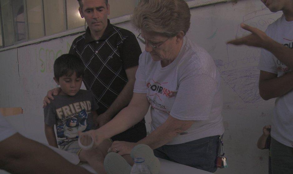 lisa-cambell-volunteer-refugee-charity-do-your-part.jpg