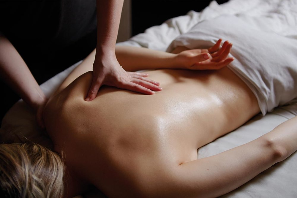 DEEP-TISSUE-MASSAGE-3.jpg