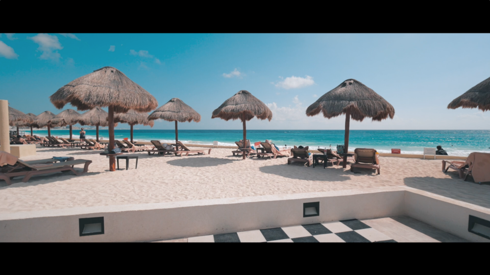 Sia Partners Cancun Beach Hotel.png