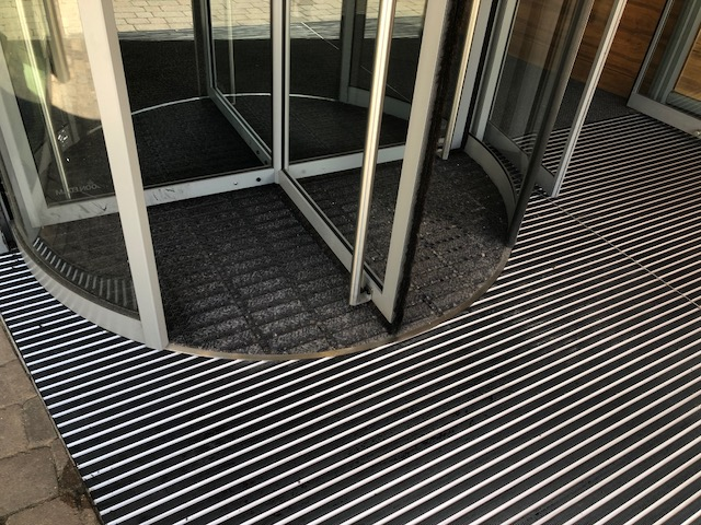 Aluminium entrance matting.