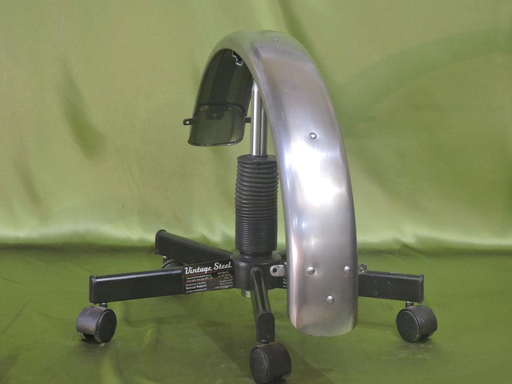 11 Norton Custom (8).JPG