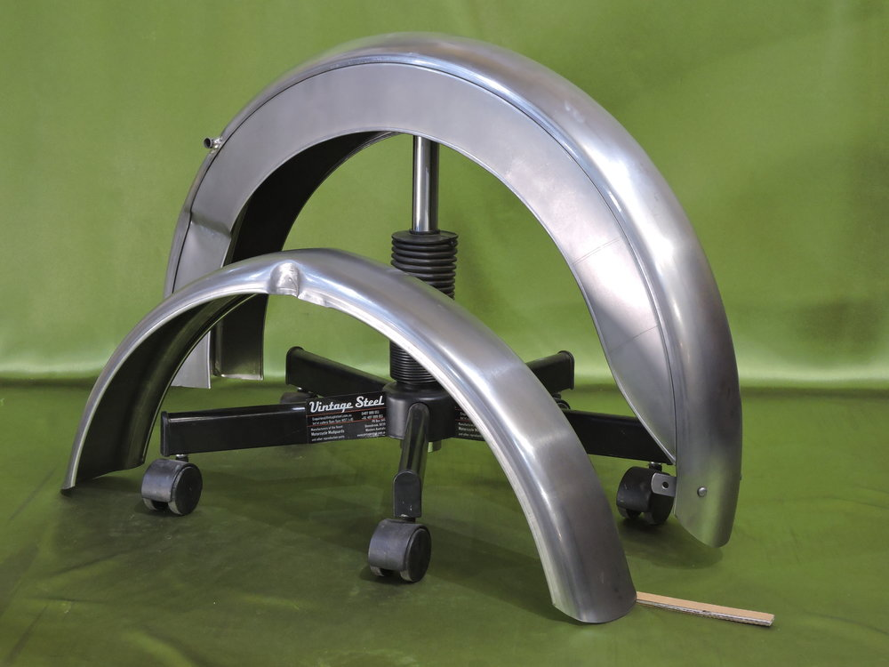 09 BSA Bantam Rear plunger (13).JPG