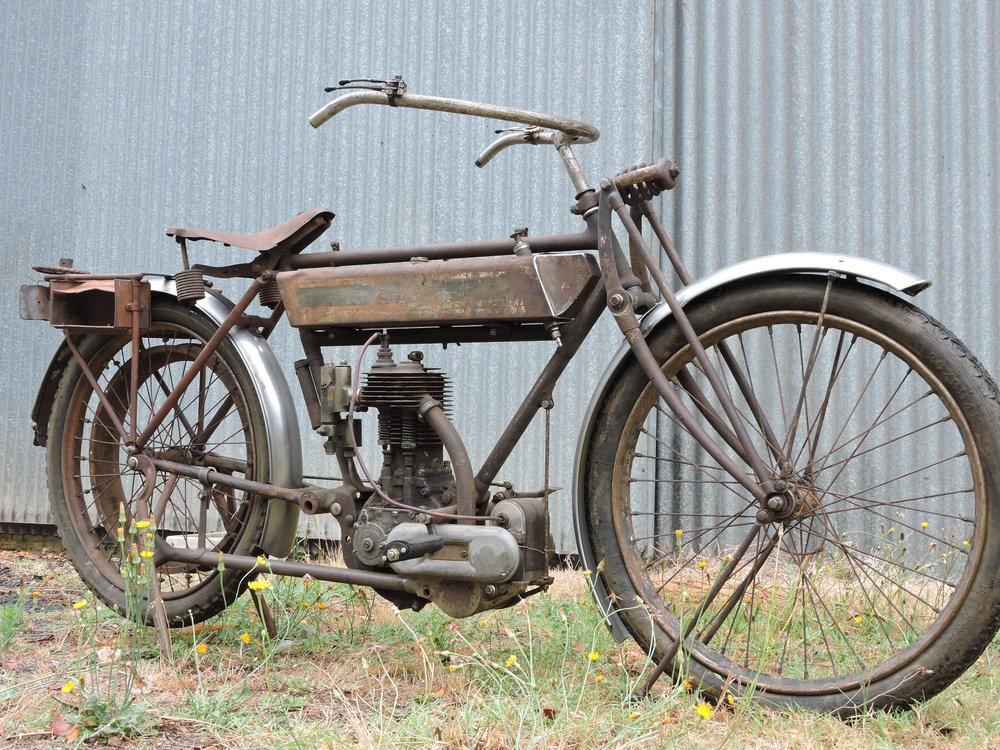 04 TRIUMPH 1913 (12).JPG