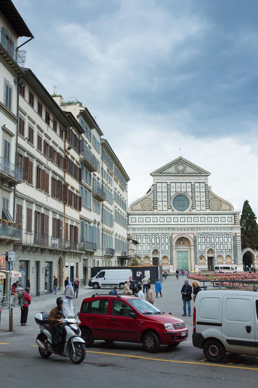 Piazza della Signoria - ever bustling with constant traffic!